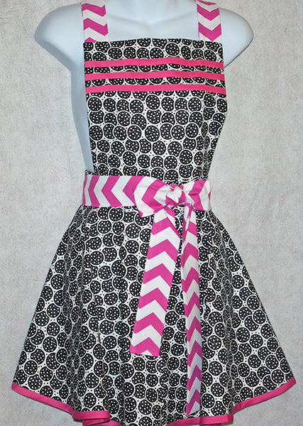 Black and Pink Diva Apron