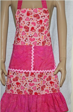 Ruffly Heart with Pink Trim Apron